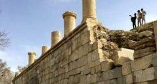 """ادارة الاوقاف الايرانية تصادر جزءا من اراضي معبد """"آناهيتا"""" في مدينة كنجاور"""